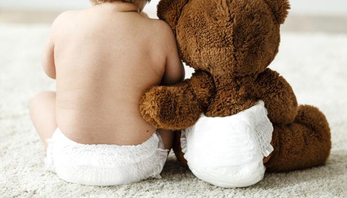 bébé et couche